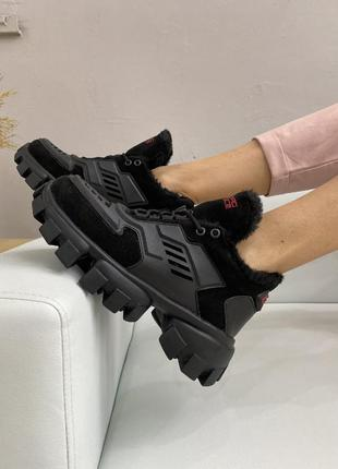 Зимние кроссовки из натуральной кожи