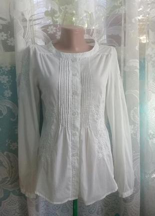 Блузка/рубашка с вышивкой