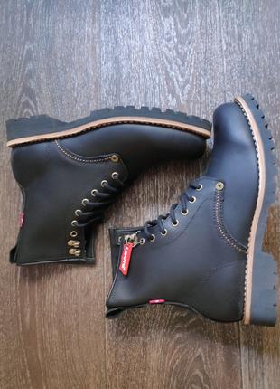 Кожаные мужские ботинки Levi's оригинал