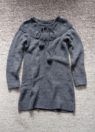 Теплое женское вязаное платье/туника серого цвета