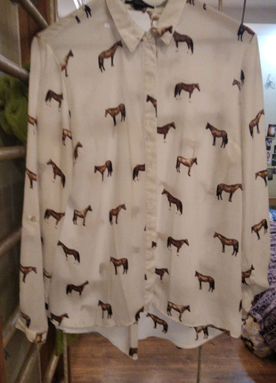Блуза с лошадками