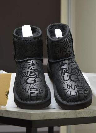 Угги ugg classic mini sparkle graffiti