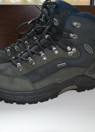 Lowa renegade gtx 40р ботинки кожаные. gore-tex