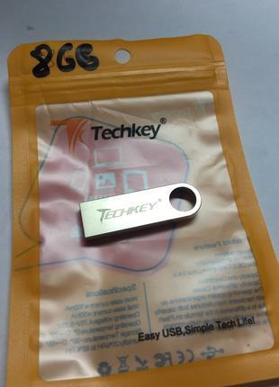 Флеш накопитель USB TECHKEY на 8 ГБ,новая