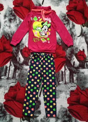 Новый,теплый костюм для девочки 4-5 лет