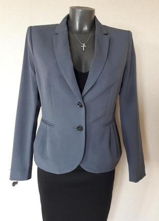 Красивый деловой,стильный,приталенный,нарядный яркий жакет h&m...