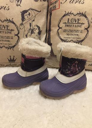 Зимние ботинки снегоступы со светящимися подошвами, италия