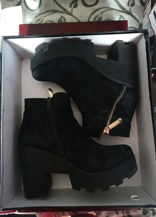 Обувь женская натур.