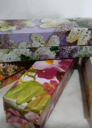Коробка подарочная, картонная, цветная 20/5/5 см
