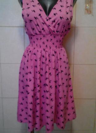 Симпатичное,яркое,клешное платье derek heart.в принт с пуделями