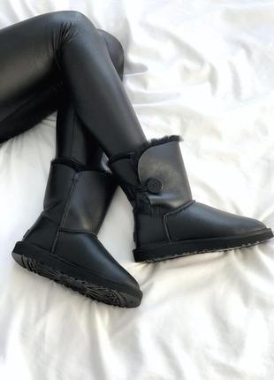Сапожки ugg bailey button black leather