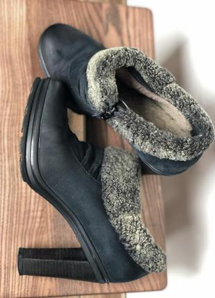 Зимние ботинки carnaby на устойчивом каблуке