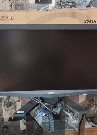 """Монитор 20"""" Acer X203H + переходник HDMI/VGA"""