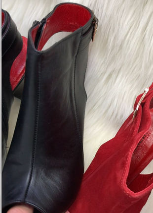 Женские кожаные босоножки, на каблуке