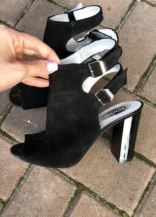 Женские босоножки, из натуральной замши, на удобном каблуке 10 см