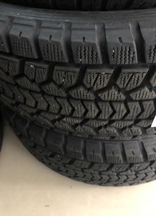 Зимняя резина Dunlop G.T. 275/60 R18