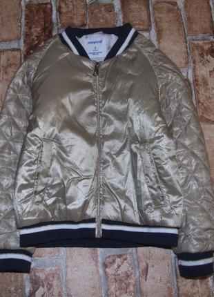 Утепленная куртка бомбер девочке 5 лет mayoral