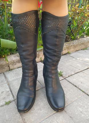 Женские кожаные зимние сапоги на цегейке, средний каблук