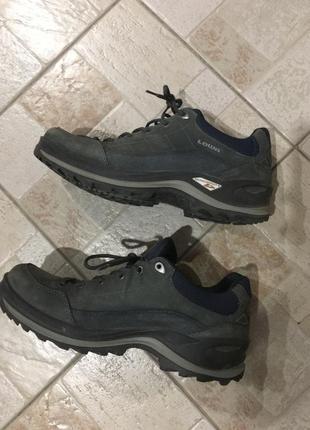 Спортивные серые зимние кроссовки ботинки lowa renegade 3 mono...