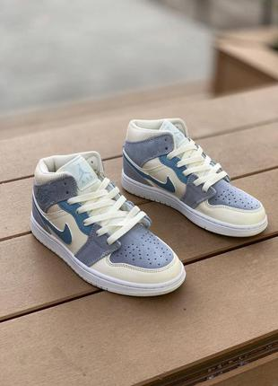 Кроссовки nike air jordan 1 retro mid se light blue артикул - 127