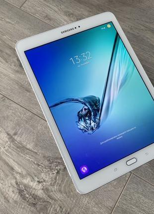 Samsung Galaxy Tab S2 (2016) 32gb T810 White #299