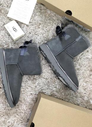 Угги ugg australia mini bailey bow metallic grey серые / женск...
