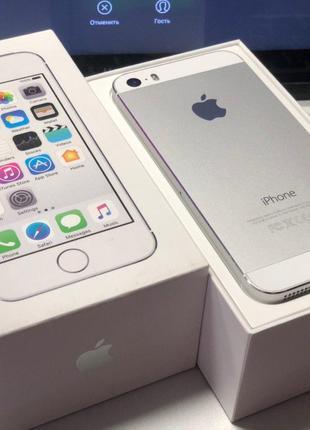 IPhone 5S белого цвета на 16 Гб