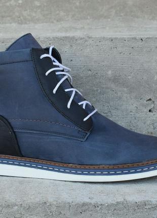 Чоловічі оригінальні черевики