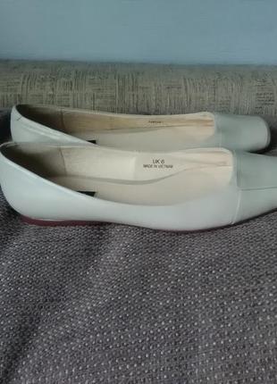 Туфли балетки бежевые, кожа autograph британия