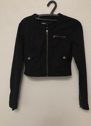 Укороченная куртка ветровка
