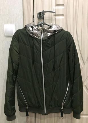 Продам куртку цвет хаки)