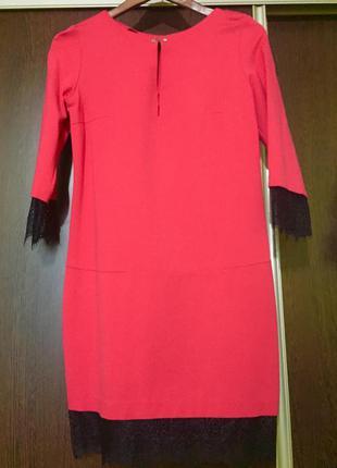 Платье с кружевами от love republic