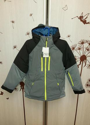 Зииняя куртка zara 152