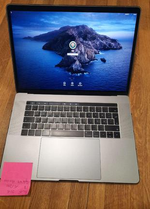 Macbook Pro 15 2016 i7 16 250
