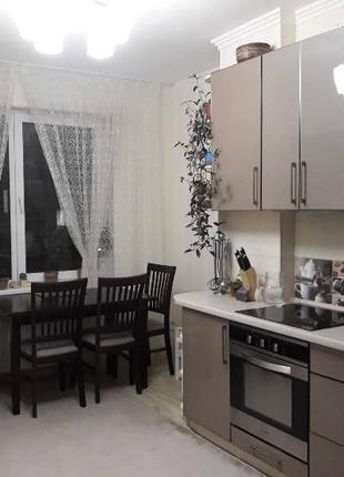 Предлагается к продаже 2-комнатная квартира с ремонтом в светлых