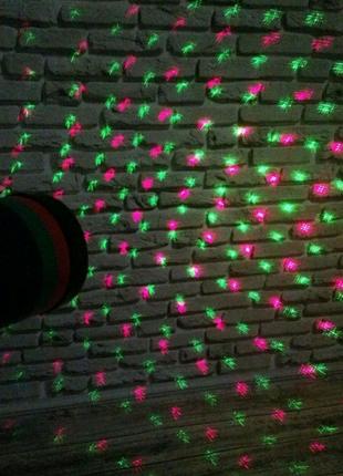 Новоголний лазерный проектор новый не дорого качественный