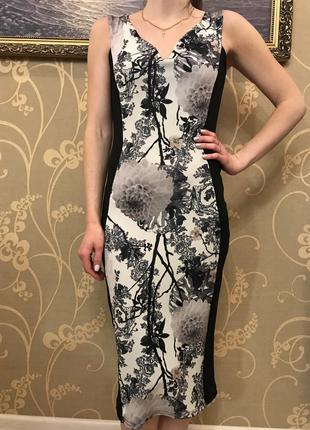 Нереально красивое и стильное брендовое платье.