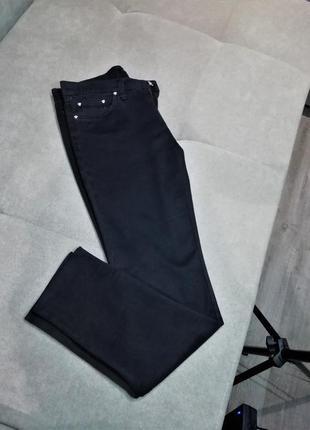 Оригинал,италия,базовые стильные джинсы штаны от versace