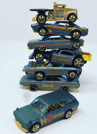 Hot Wheels Satin Gold