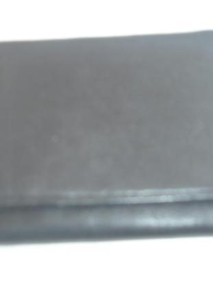Кожаный кошелек портмане в отличном состоянии