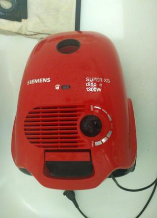 Пылесос Siemens Super XS 1300W dino e (нуждается в ремонте)