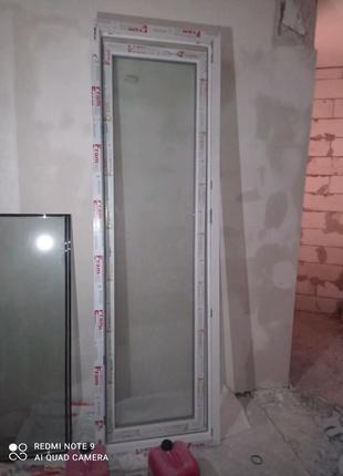 Продам металлопластиковую дверь
