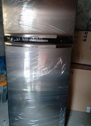 Холодильник Whirlpool ARC 4020 IX