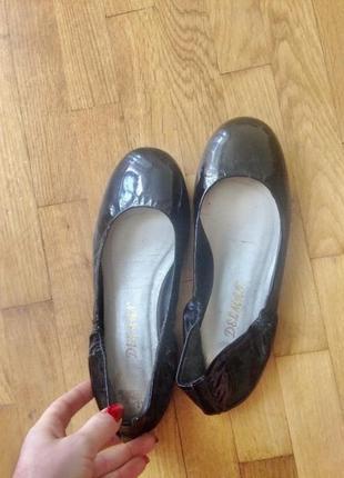 Балетки туфли мокасины лаковая кожа marks&spencer