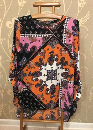 Нереально красивая и стильная брендовая блузка.