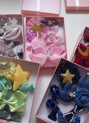 Набір 10 прикрас: резинки та заколки. набор украшений для девочки