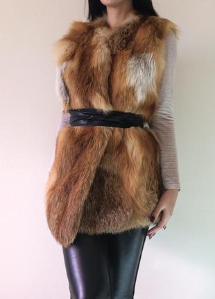 Шикарная шуба жилетка меховая лиса
