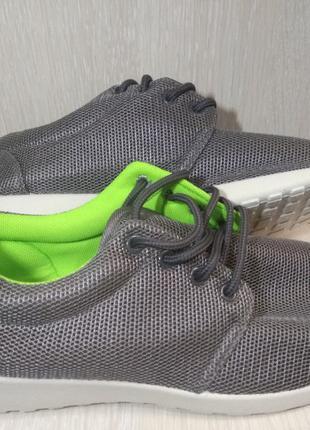 Кроссовки,кеды, сникерсы ,40 р ,обувь, криперы,форсы