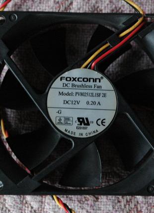 Корпусный 8см кулер Foxconn.