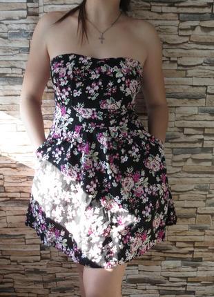 Платье. сарафанчик с оголенными плечами с корсетом и цветочным...